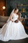 Интерьерная фотостудия с естественным светом в минске для свадебной съемки