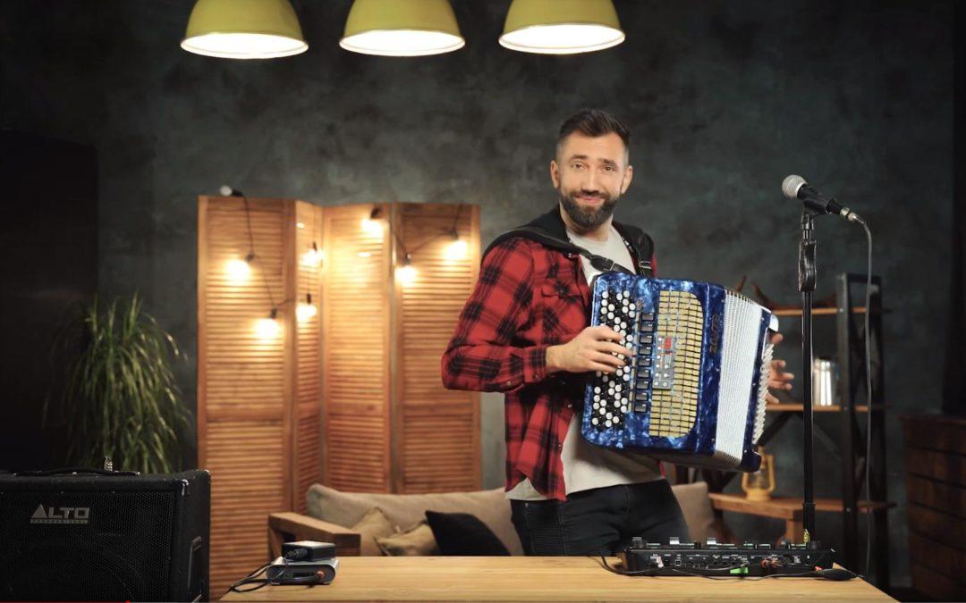 Виталий Воронко, живое выступление у нас в студии.